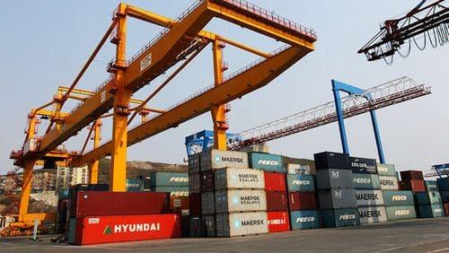 Митне оформлення імпорту
